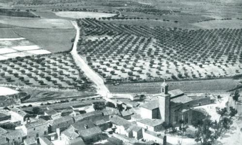 El pueblo de Esquivias visto desde el cerro de la Cruz, como lo contempló Cervantes