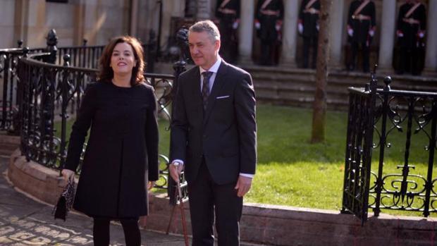 La vicepresidenta Santamaría asistió el sábado a la jura de Urkullu como lendakari