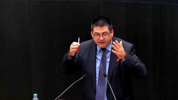 El edil de Economía y Hacienda, Carlos Sánchez Mato, en el pleno de este martes