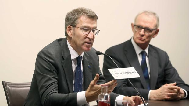 El presidente de la Xunta de Galicia, Alberto Núñez Feijóo, durante su conferencia en Barcelona