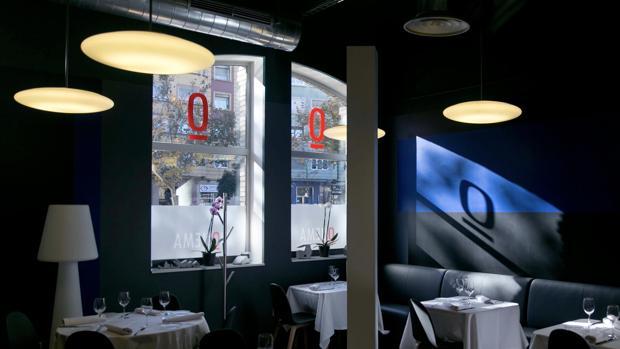 Comedor del restaurante zaragozano «Quema», situado en la planta baja del Museo Pablo Serrano