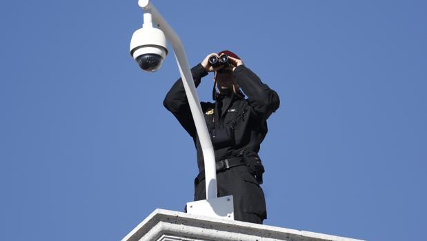 Medidas de seguridad en las inmediaciones del Congreso de los Diputados