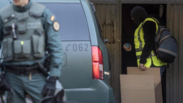 Detenido un hombre en Vizcaya por pertenecer a una red de tráfico de armas que operaba en toda España