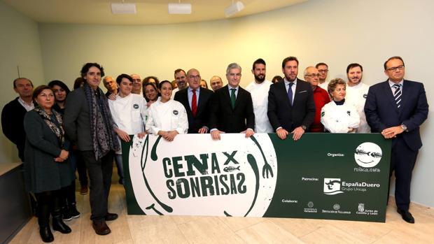 Presentación de la iniciativa solidaria «Cena por Sonrisas»