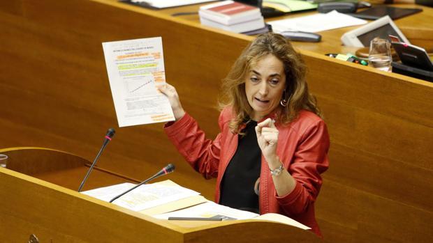 Imagen de archivo de Carolina Punset en un pleno del Consell