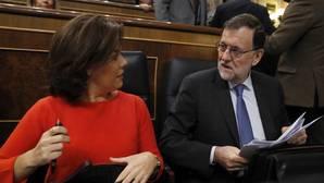 Rajoy advierte a Iglesias de que mantendrá el veto a toda iniciativa de la oposición que altere el Presupuesto