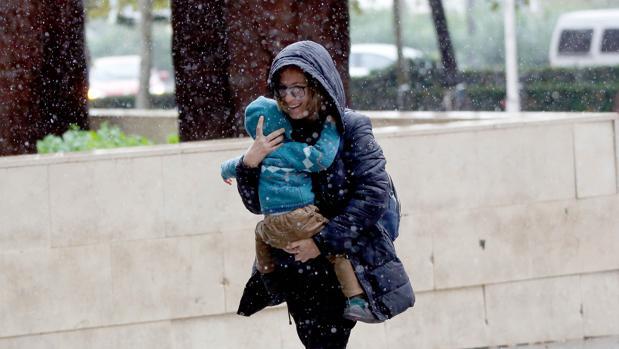 Imagen tomada esta semana en Valencia en pleno temporal