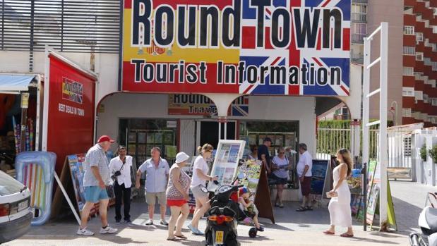 Oficina de información especializada para turistas británicos en Benidorm