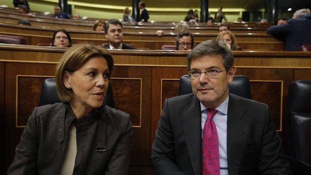Los ministros María Dolores de Cospedal y Rafael Catalá