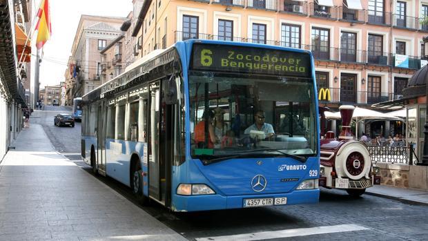 Uno de los autobuses de Unauto en Toledo