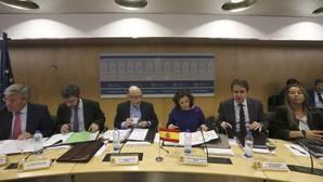 El PP acepta subir el SMI un 8 por ciento a cambio de apoyo del PSOE al techo de gasto