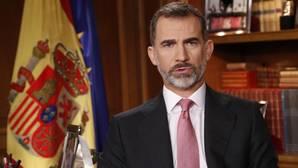 El Rey: «Vulnerar las normas de la democracia solo lleva a enfrentamientos estériles y a empobrecimiento»