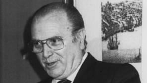 Gerardo Fernández Albor, como primer presidente de la Xunta, en una imagen de 1982