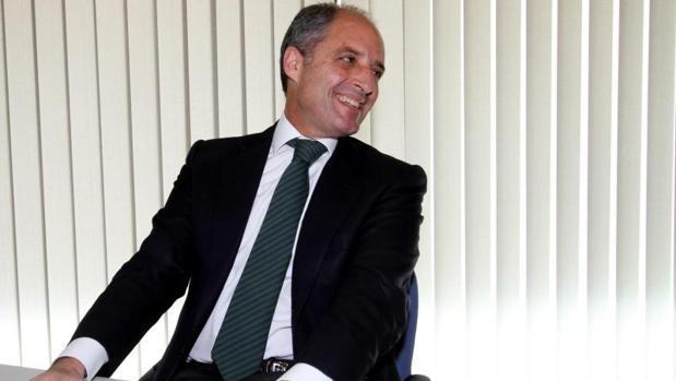 Francisco Camps, en 2012 el día que defendió su tesis en la Universidad Miguel Hernández de Elche