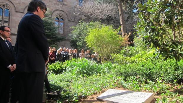 Puigdemont, esta mañana en el acto de homenaje a las víctimas de Freginals en la UB
