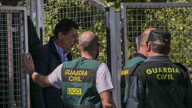 Ignacio González es trasladado desde la Comandancia General de la Guardia Civil en Tres Cantos