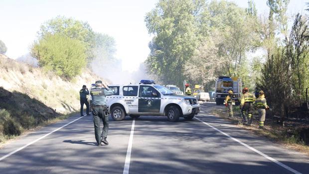 Incendio en una carretera local de Salamanca