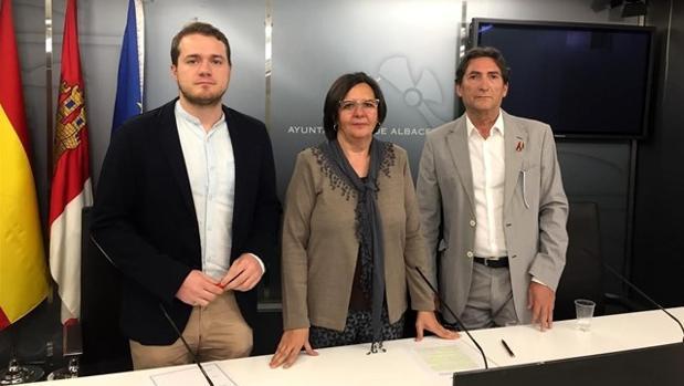 Victoria Delicado, Manuel Martínez y Alfonso Moreno