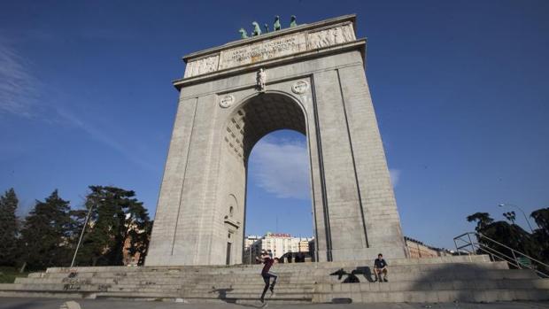 El Arco de la Victoria, en Moncloa, pasaría a llamarse Arco de la Memoria