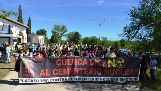 Cabecera de la 8ª Marcha a Pie a Villar de Cañas contra el ATC