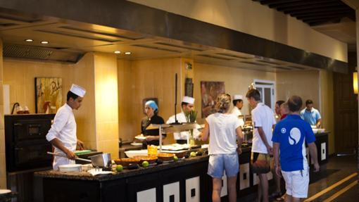Cinco chapuzas en malos hoteles canarios con la comida