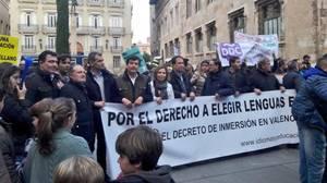 Manifestación de familias en contra del decreto, recientemente en Valencia