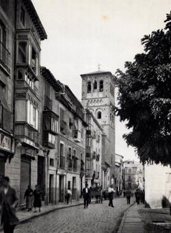 """Calle de Santo Tomé, donde """"Ratié y Cía"""" tenía abierto uno de sus despachos de pan en Toledo (Foto, Aldus)"""