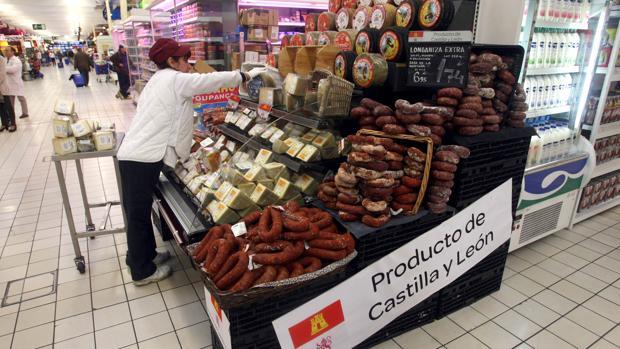 Productos de Castilla y León en un supermercado