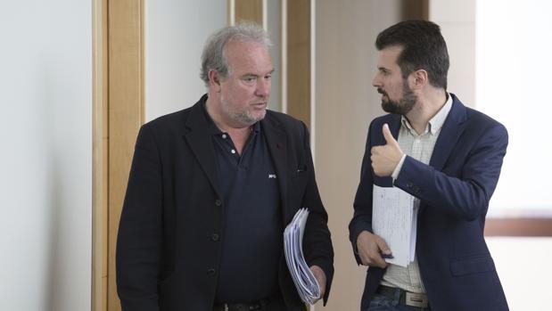 El portavoz socialista, Luis Tudanca, y el portavoz de Hacienda, José Francisco Martín, presentan las enmiendas parciales a los Presupuestos Generales de Castilla y León