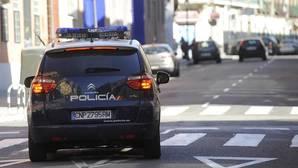 Paliza a un joven por llevar un polo con la bandera de España en pleno centro de Madrid