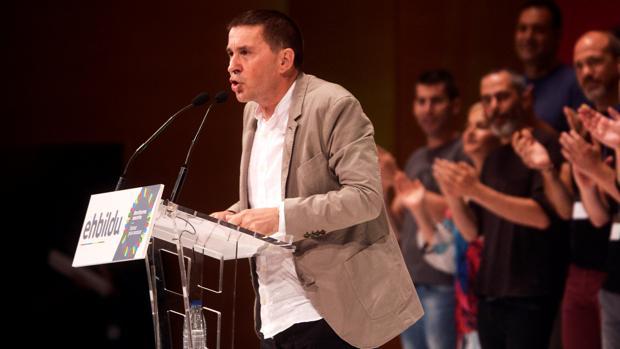 Arnaldo Otegui en el Palacio Euskalduna de Bilbao este sábado.
