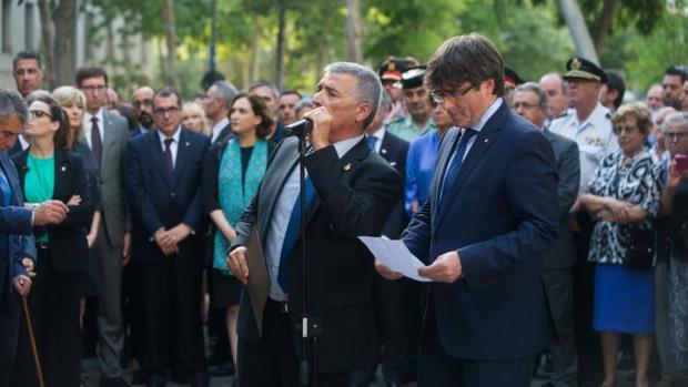 Momento en el que Vargas pide respeto para Puigdemont , tras los abucheos