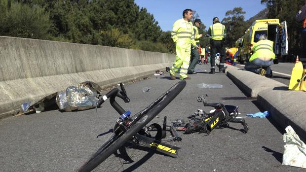 Detenida una conductora bebida y sin carné tras dejar muy grave a un ciclista