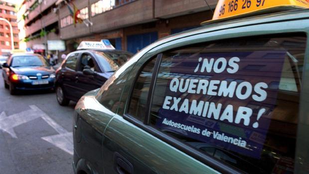 Imagen de lprotestas de una huelga pasada de examinadores en Valencia