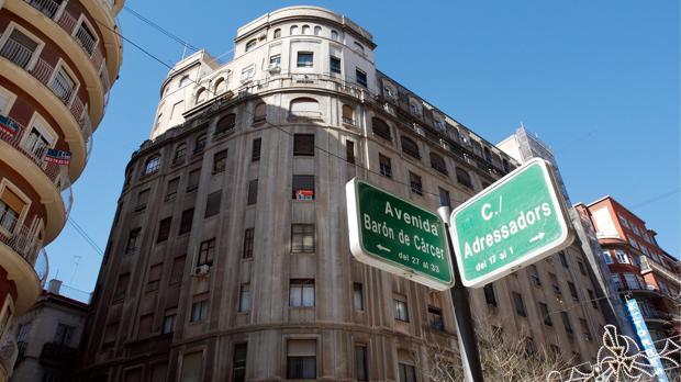 Placa de la avenida Barón de Cárcer de Valencia