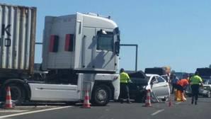 Fotografía del accidente que este miércoles se ha producido en la AP-7