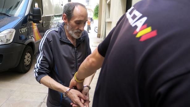 Imagen del acusado tomada este lunes a su llegada a la Audiencia Provincial de Alicante