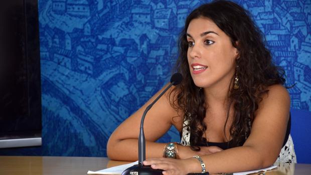 La concejala de Igualdad y Empleo, Inés Sandoval, en rueda de prensa esta mañana.