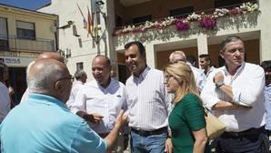 Maillo en un encuentro con los alcades de la comarca de Aliste, Zamora