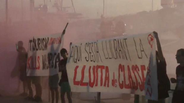 Protesta de Arran contra el turismo en Palma