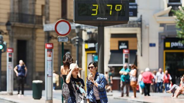 Imagen de archivo de un termómetro en Valencia
