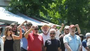 Beiras y Antón Sánchez, en segunda fila, durante un acto de partido organizado por el Día de Galicia