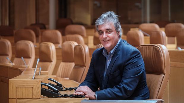 Pedro Puy, en el Parlamento gallego