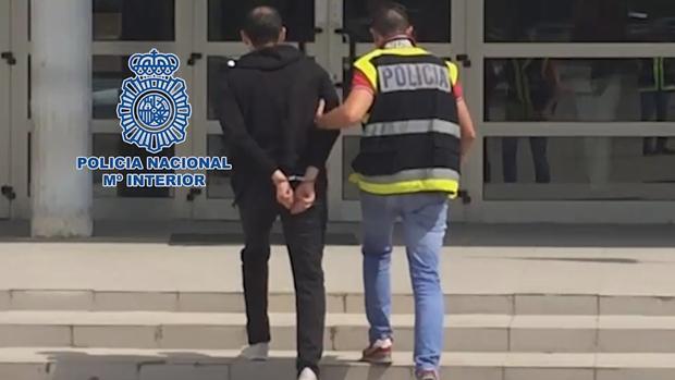 El detenido distribuía imágenes pornográficas desde Valladolid