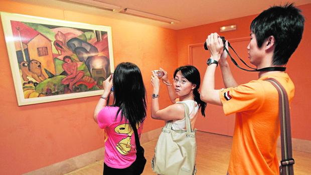 Unos turistas chinos, en el Thyssen