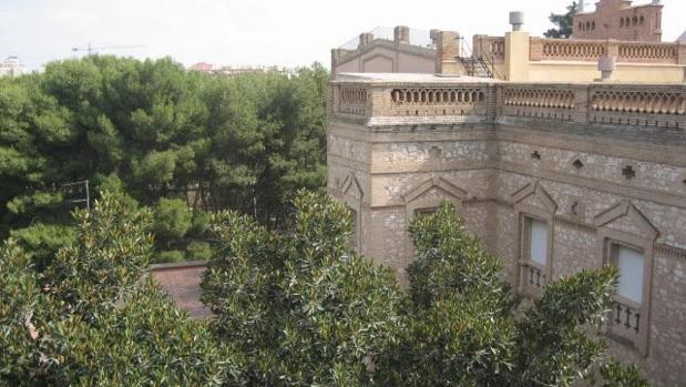 Imagen de la parte trasera del edificio la Casa de Ejercicios La Purísima de Alaquàs