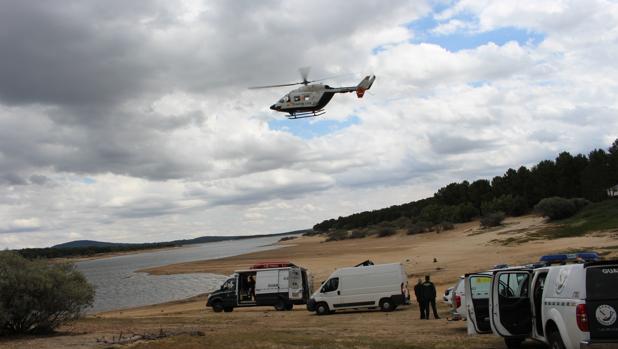 Dispositivo de búsqueda del joven ahogado en el embalse de Cuerda del Pozo (Soria)
