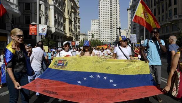 Venezolanos en Madrid durante una marcha en la capital, contra el régimen de Maduro