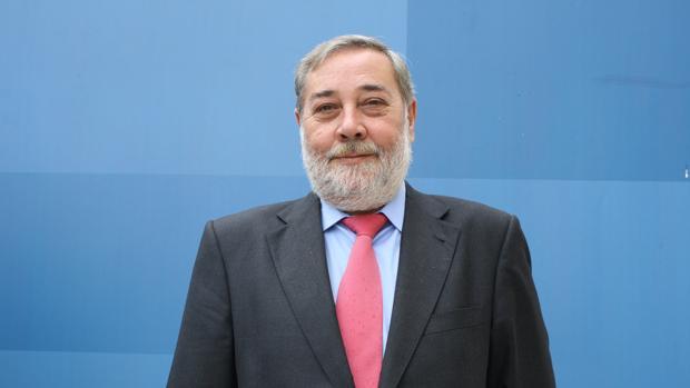 El secretario provincial del PSOE en La Coruña, Julio Sacristán