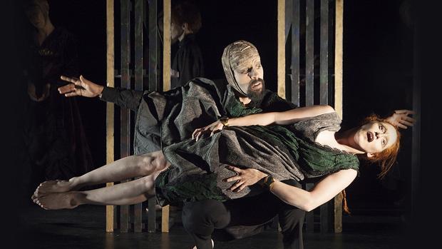 Imatge de la representació «Dead Hamlet»